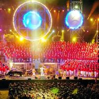 Le spectacle des Fous Chantants à Alès